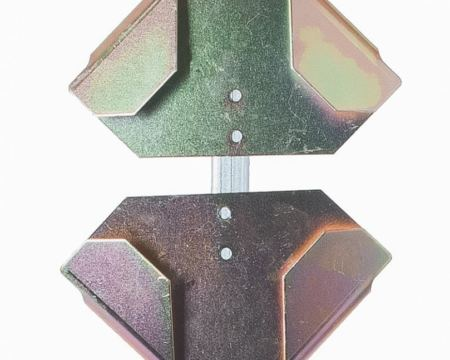 metal roll up bracket